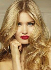 як підібрати червону помаду блондинці 3