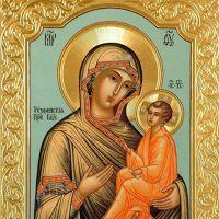 У чому допомагає тихвінської ікони божої матері?