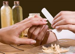 Запечатування нігтів