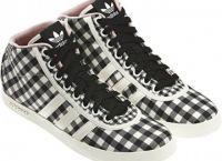 жіночі кросівки адідас 1