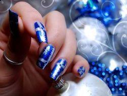 Зимовий дизайн нігтів